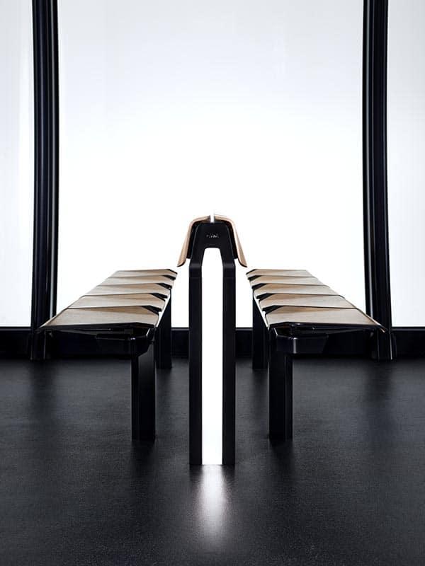 Produktdesign einer Sitzinsel aus Holz mit Beleuchtung